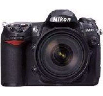 Nikon D200 + AF-S DX 17-55 mm