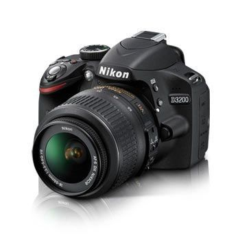 Nikon D3200 + 18-55mm DX