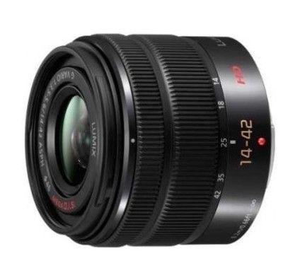 Panasonic 14-42mm f/3.5-5.6 Vario II ASPH / Mega OIS Noir