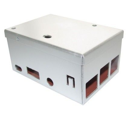 Carberry 3 Box - Metal